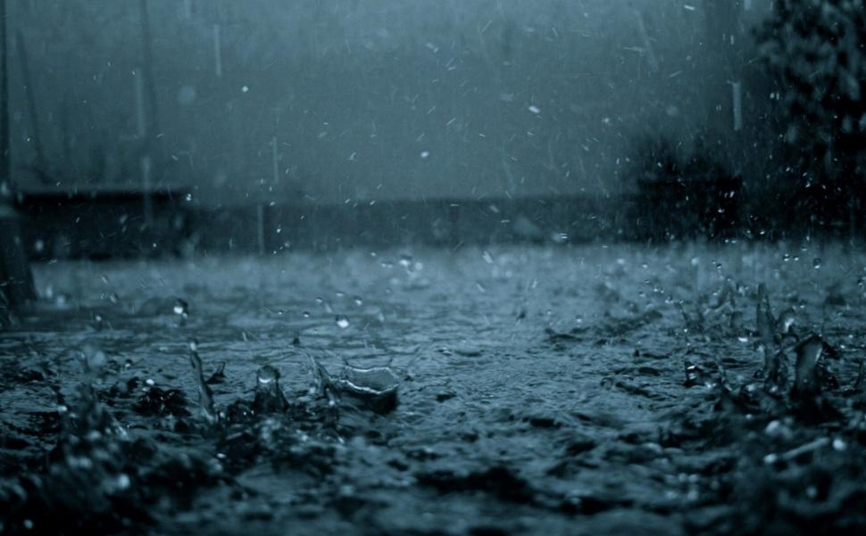 Janganlah Engkau Jadikan Musim Hujan Sebagai Kambing Hitam