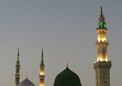 """MENJAWAB SYUBHAT DARI PENYEMBAH KUBUR, """"BAHWA NABI MUHAMMAD صلى الله عليه وسلم  DIKUBUR DI DALAM MASJID"""""""